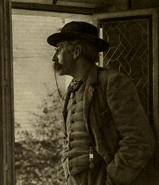 Photograph by Charles Bernier taken in 1914 of Verhaeren from the frontispiece of the 1914 English translation of Zweig's Émile Verhaeren – Source.